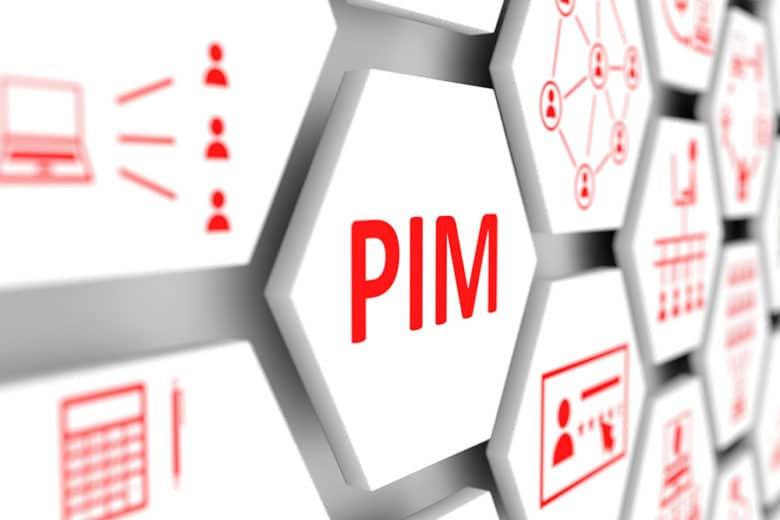 mehrere Tasten einer Tastatur mit der Aufschrift PIM auf einer größeren Taste