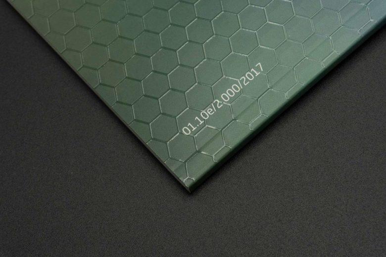 Broschürentitel mit partiellem UV-Lack